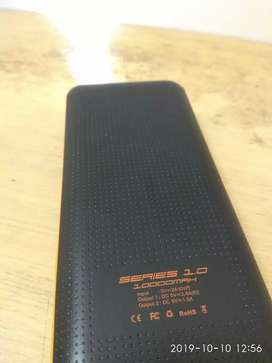 Orange 10.000 mAh (preloved)
