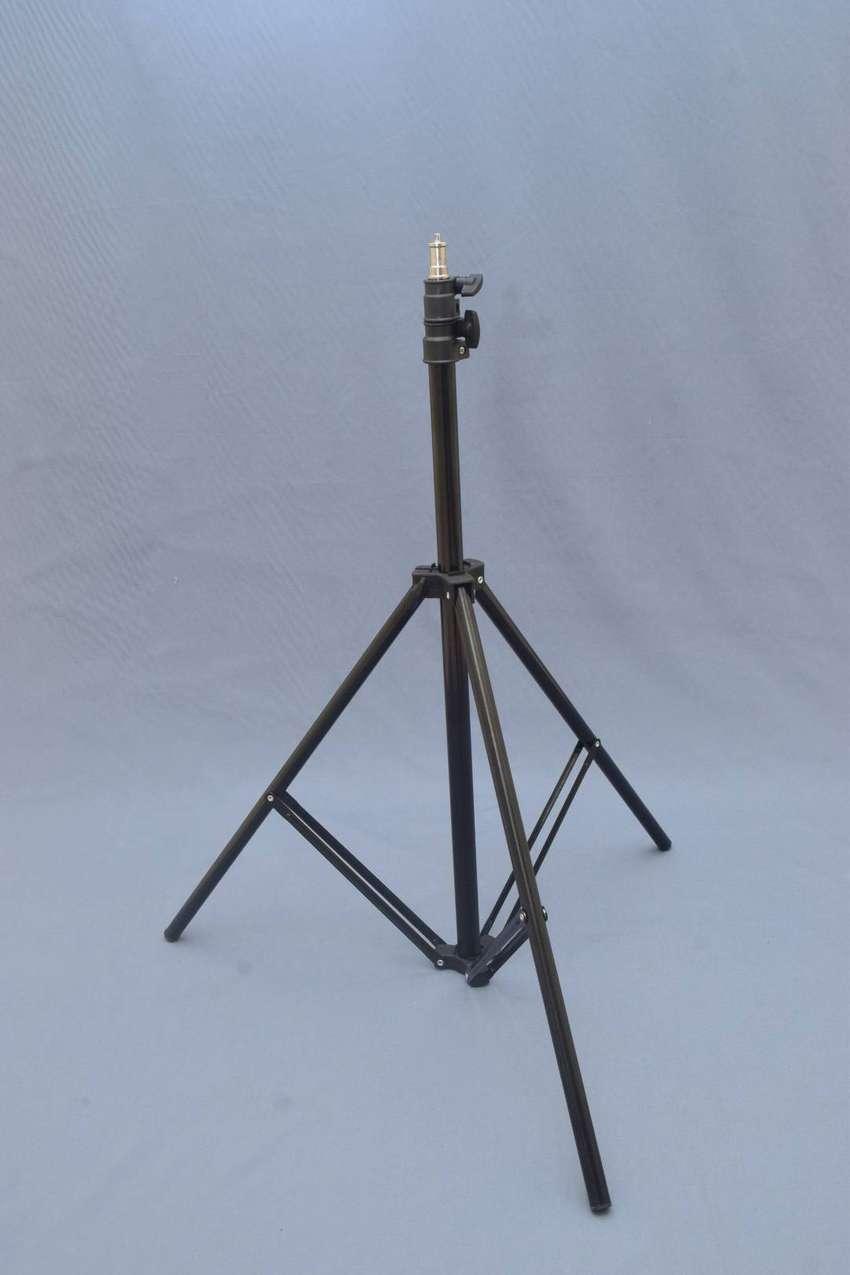 Tiang penyangga lampu untuk fotografi ukuran mini