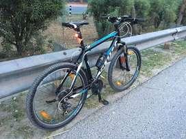 Scott cycle 2015 model