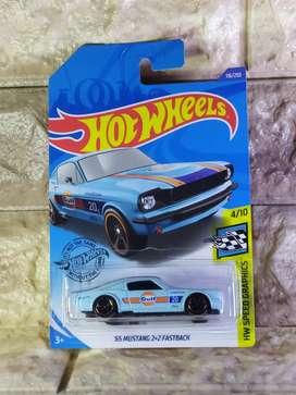 Hot Wheels 65 Mustang 2+2 Fastback HotWheels