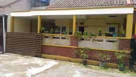 Over Kredit rumah tipe 50/80 d tengah Kota Sumedang dekat Pemda/Polres