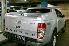 Hard cover bak Ford ranger xlt.