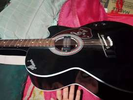 Guitar 2 month only  need money