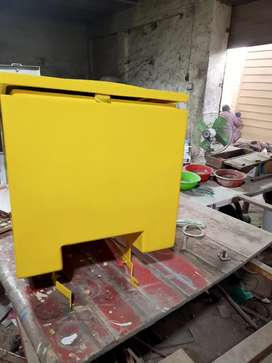 Fiberglass milk delivery box