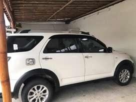 Daihatsu Terios TX 1.5 2015 putih