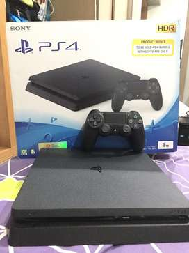 PS4 Slim new 2019