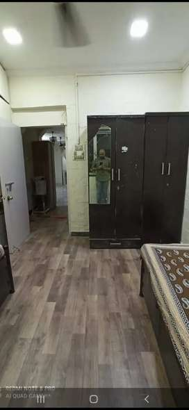 Fully furnished pg accommodation available  near charni  road