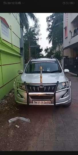 2015 Mahindra Xuv500 W10 diesel 78000 Kms