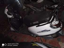 Less used new like condition white color Suzuki access 125 cc