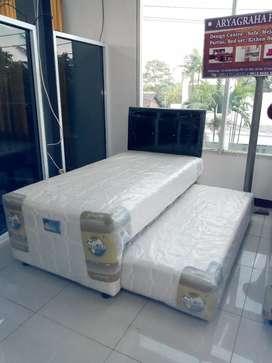 Tempat tidur anak/ Tempat tidur 2 in 1 / springbed sorong / springbed