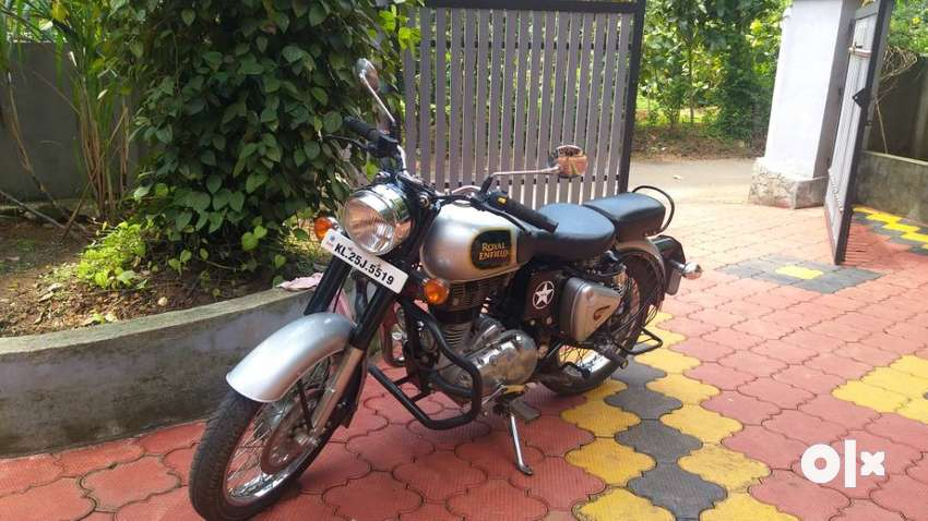 Royal Enfield classic 350 (2016 December)  model 0
