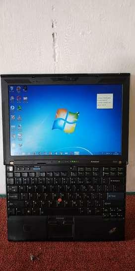 Laptop core i3 negoin aja tinggal pakai RAM 4giga Solo UNS