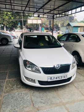 Skoda Rapid 1.6 MPI Automatic ambition  style, 2016, Diesel