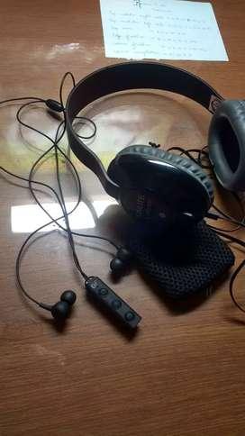 U and I Bluetooth earphones and onlite headphones