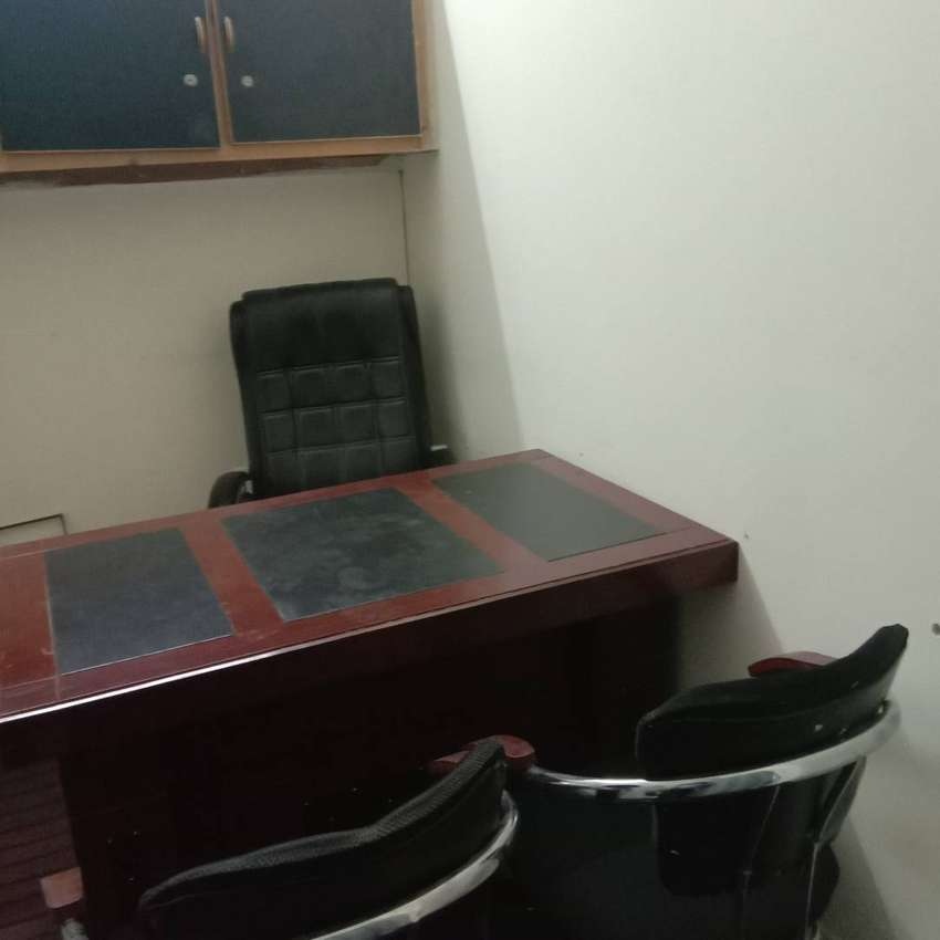 Furnished office available for sharing night time 0
