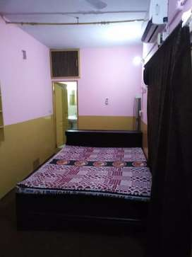 I am owner(furnished flat for bachelors or couple family)