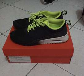 Nike Thea Black-green Original
