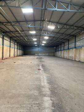 Warehouse shed available resonable price main road