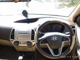 Personal used Hyundai i20 Sportz 2011 model in Excellent condition