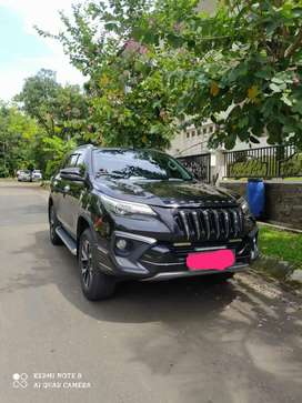Toyota Fortuner 2.4 VRZ TRD LUXURY