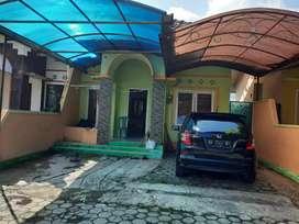 Rumah cantik view sawah disewakan tuk keluarga