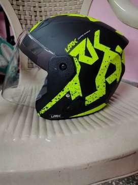 (Brand New)Vega Lark Victor Black Neon Helmet