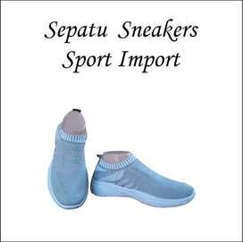 Sepatu Sneakers Wanita 021