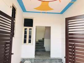 2bhk flat for rent available bn in sector 27 Noida