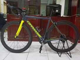 Road bike Cannondale Caad 12