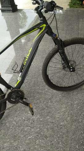 dijual sepeda gunung thriil vanquis 03