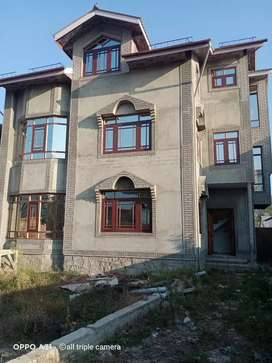 Three story house with 13.25 Marla land at baght_i_kanipora