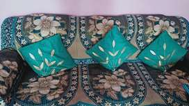Attractive sofa set want to sell urgently