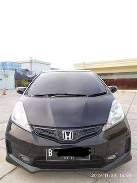 Honda jazz rs at 2011 tdp 15 jt