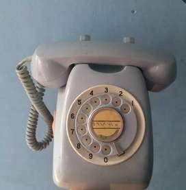 Telepon jadul biru