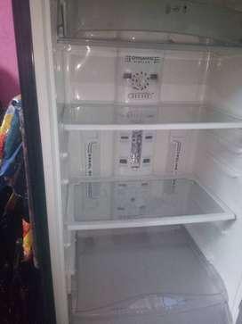 Whirlpool Refrigerator 310 LTS
