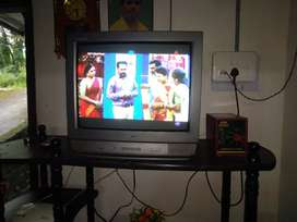 LG COLOR TV 21,  STABILIZER,  TV STAND, AND VINVERTH DVD PLAYERusbpor