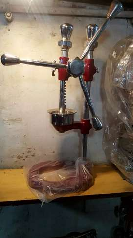 Orange juicer hand press machine 3 available