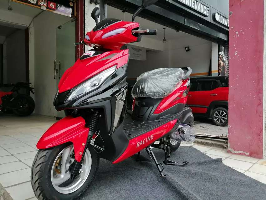 Brand new zero Meter 2020 fresh import scooters 125cc fully automatic 0