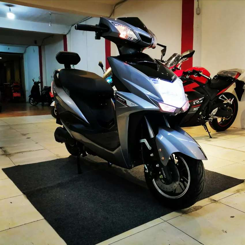 Brand new zero Meter electric scooter with full heavy moter 0
