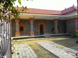 Rumah Semi Style Bali Cocok Utk Guest House dekat Polda Garden Bagus
