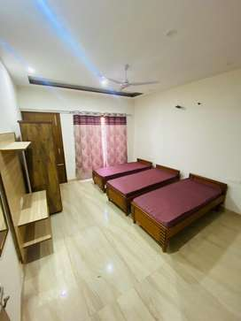 2 seater pg for girls with food mohali