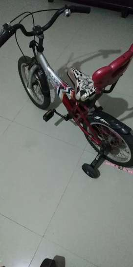 Selling off kids cycle