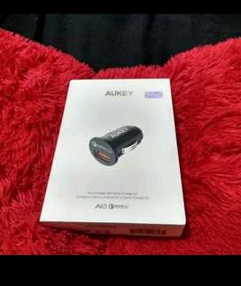 Car charger by Aukey