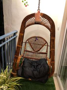 Swing chair for outdoor or indoor