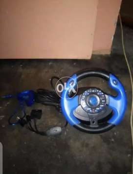 Steering wheel is good condition