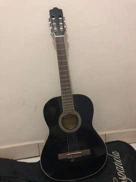 Di jual gitar akustik ori merk espanola