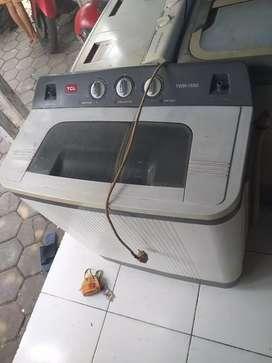 Mesin cuci 2tabung TCL 7.5kg