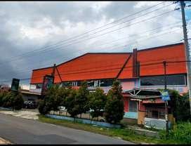 Dijual tanah dan bangunan komersial SHM