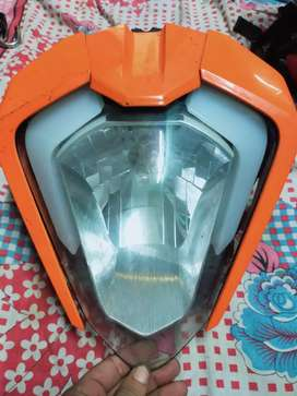 Duke -250 headlight