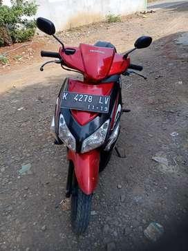 Jual cepat Honda Vario thn 2009 Mash orisinel,pajek baru